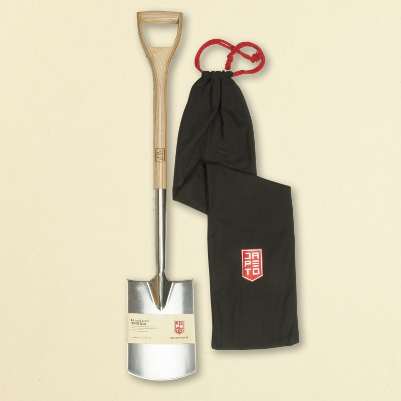 Garden Digging Spade - Ash handle & shaft